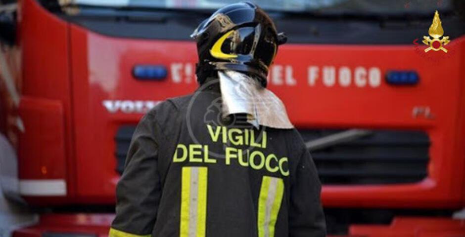 Incendio a Viserba, 90enne intossicato finisce in ospedale