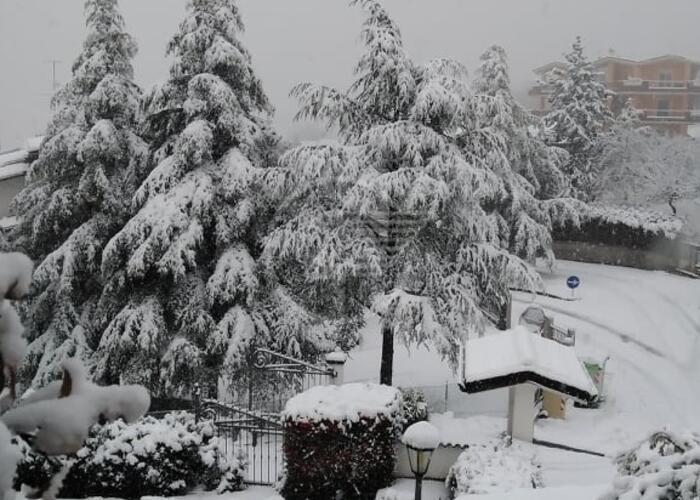 La neve imbianca il Titano, Borgo Maggiore è uno spettacolo