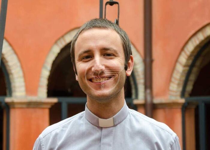 Riccione, parrocchia Angeli Custodi: don Battarra riceve il testimone di don Giorgio