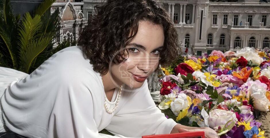 La rapper Madame conquista Italia in Miniatura