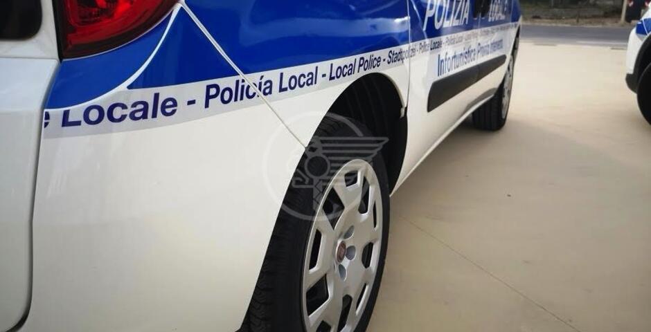 La Polizia Locale chiude un bar di Miramare, denuncia il gestore ed un cliente