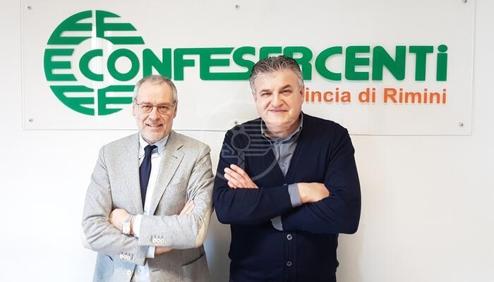 """Confesercenti: """"Via il coprifuoco e subito vaccini agli addetti del turismo"""""""