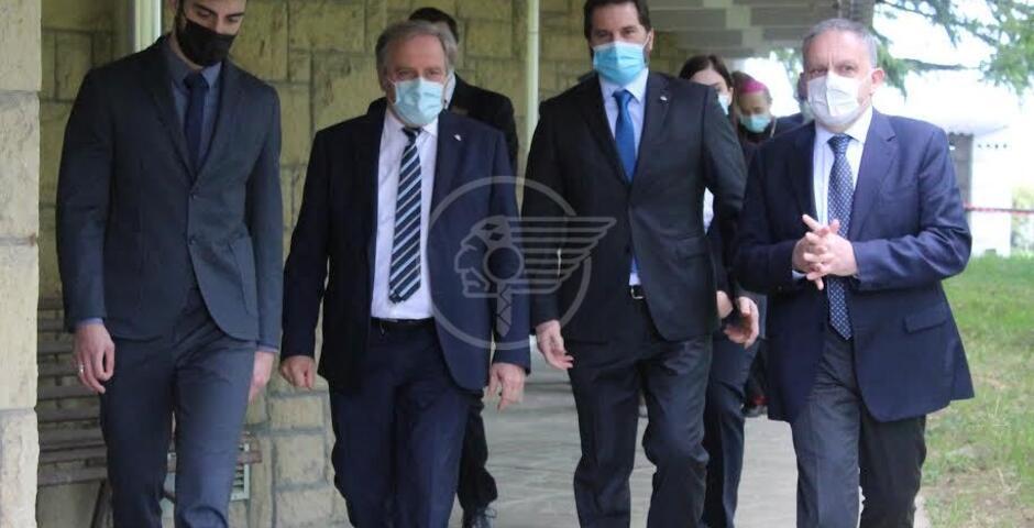 Il vescovo Turazzi in visita all'Ospedale di Stato
