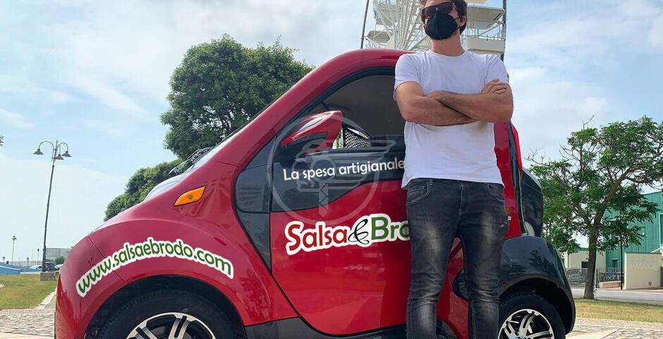 """La nuova Kitty Cargo per le consegne di """"Salsa & Brodo"""" in Riviera"""