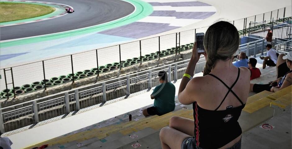 "La MotoGp al ""Simoncelli"" per i test, ingresso gratis alla Tribuna C adiacente alla MCW Square"