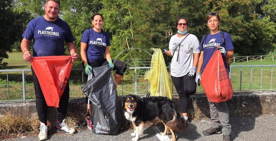 Rimossa una tonnellata di rifiuti, i volontari Plastic Free sugli scudi