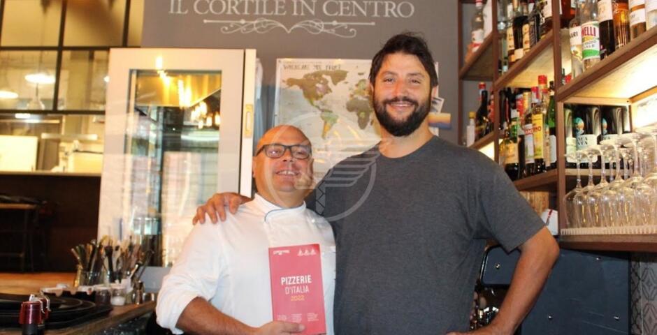 """""""Il Cortile in Centro"""" unica pizzeria della città premiata dal Gambero Rosso"""