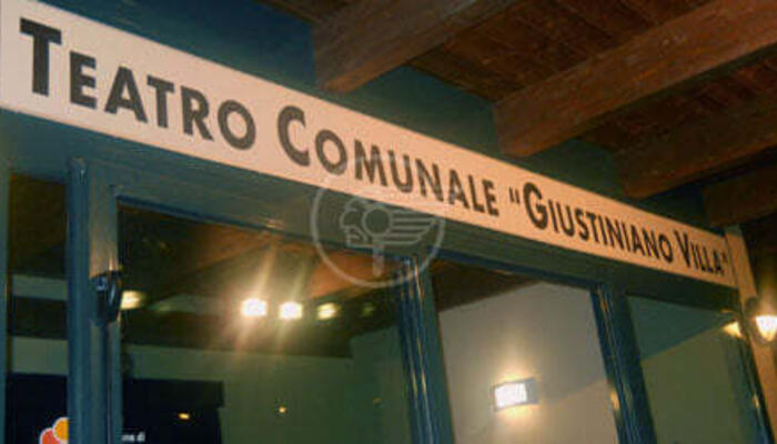 Vandali al Teatro Villa di San Clemente ripresi dalle telecamere: denunce in arrivo