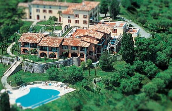visitdesenzano en castello-belvedere-s194 009