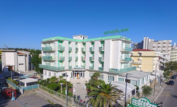 senigalliahotels en hotels-at-the-seaside-and-on-the-hills-senigallia 015
