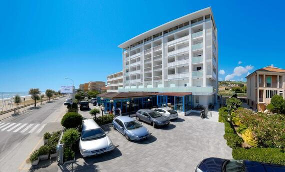 senigalliahotels en top-shopping-pc30 020