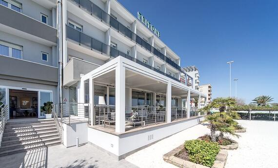 senigalliahotels en hotels-at-the-seaside-and-on-the-hills-senigallia 013