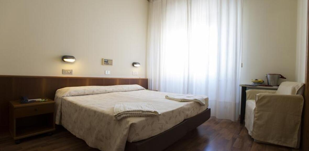 iperviaggi it scheda-hotel-miralaghi-1259 012