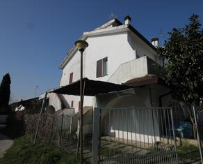 vear en rent-two-rooms-detached-house-lidi-ferraresi-t3 026