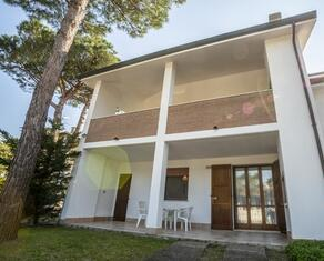 vear en holiday-homes-lido-di-volano-z4 054