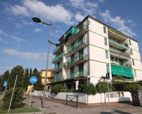 vear en rent-apartment-three-room-flats-lidi-ferraresi-t5 095