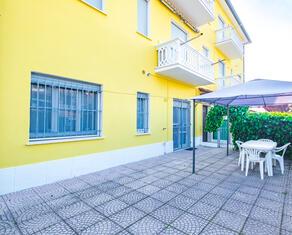 vear en rent-apartment-three-room-flats-lidi-ferraresi-t5 060