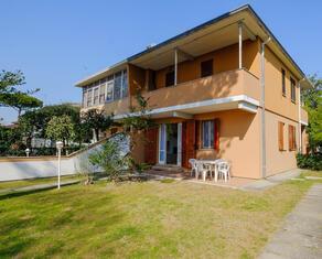 vear en rent-three-rooms-detached-house-lidi-ferraresi-t7 068