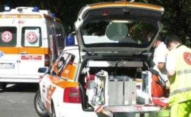 auto-cappotta-nella-notte-muore-15enne-feriti-due-18enni