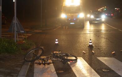 Immagine News - si-scontra-contro-unauto-grave-ciclista-31enne