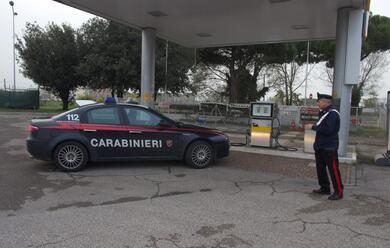 Immagine News - picchiano-una-benzinaia-intrecettati-dai-carabinieri-due-fratelli-montenegrini