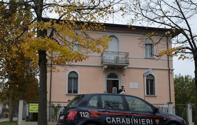 Immagine News - conselice-carabinieri-sequestrano-panetto-da-100-grammi-di-hashish