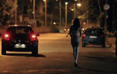 Immagine News - controlli-dei-carabinieri-sulladriatica-denunciate-5-ragazze-sorprese-a-prostituirsi