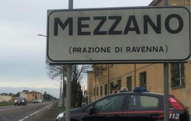 Immagine News - mezzano-tentano-furto-in-un-bar-e-si-dileguano-alla-vista-dei-carabinieri
