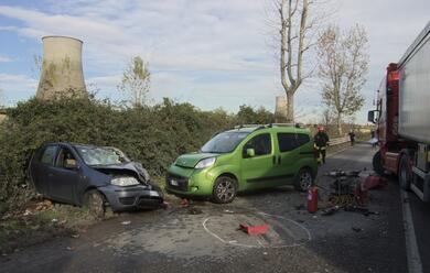 Immagine News - autro-contro-camion-muore-il-49enne-michele-zollo