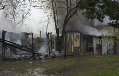 Immagine News - a-fuoco-alcuni-capanni-alle-bassette