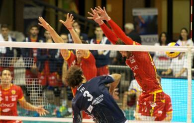 Immagine News - volley-a1-la-bunge-cede-in-casa-a-verona