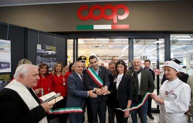 Immagine News - ha-riaperto-rinnovata-la-coop-del-centro-commerciale-gallery-di-ravenna