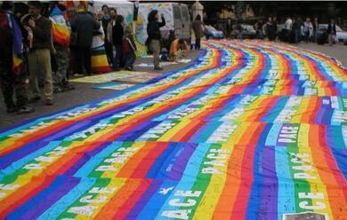 Immagine News - oggi-flash-mob-in-piazza-del-popolo-per-gli-immigrati