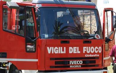 Immagine News - incendio-a-santerno-camioncino-in-fiamme