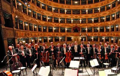Immagine News - parte-la-classica-allalighieri-con-lorchestra-di-praga