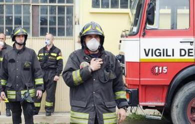 Immagine News - quotpoltrone-e-benesserequot-in-fiamme-personale-evacuato-ma-nessun-ferito