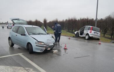 Immagine News - incidente-in-via-del-manzone-feriti-due-anziani