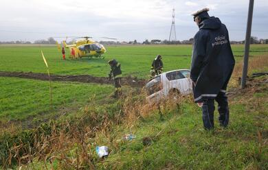 Immagine News - maxi-scontro-sulla-reale-gravemente-ferita-una-42enne