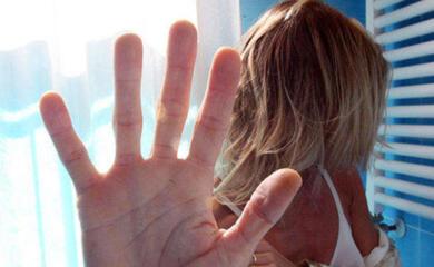 maltratta-la-sorella-davanti-alla-nipote-arrestato-33enne