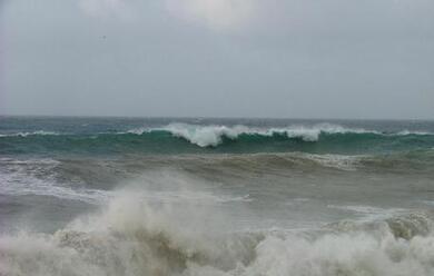 Immagine News - allerta-vento-forte-e-mare-mosso-per-domani-e-sabato