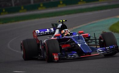 formula-1-in-australia-vince-la-ferrari-toro-rosso-a-punti-con-entrambe-i-piloti