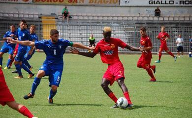calcio-c-il-ravenna-impatta-contro-lunder-20-azzurra