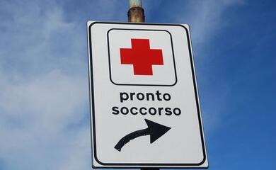 castelbolognese-fuori-strada-con-lo-scooter-due-feriti