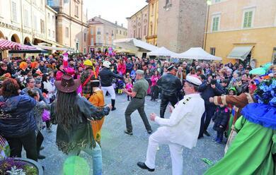 Immagine News - a-bagnacavallo-caau-il-carnevallo-mentre-a-lugo-ci-si-maschera-nel-ghetto