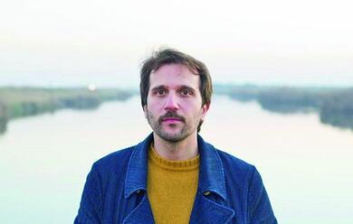 Immagine News - giacomo-scudellari-presenta-il-suo-album-lo-stretto-necessario-al-socjale