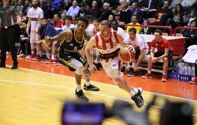 Immagine News - basket-a2-lunieuro-saluta-i-propri-tifosi-con-una-sconfitta-contro-verona