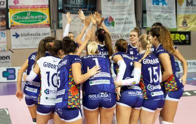 Immagine News - volley-a2-donne-play-off-la-battistelli-vince-gara-1-e-mercoleda-scende-a-soverato-per-qualificarsi