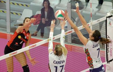 Immagine News - volley-a2-donne-play-off-la-battistelli-espugna-soverato-e-approda-in-semifinale