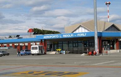Immagine News - aeroporto-di-forla-il-presidente-bonaccini-asiamo-al-fianco-degli-imprenditoria