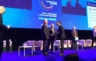 Immagine News - hub-portuale-di-ravenna-firmato-a-lubiana-il-finanziamento-europeo-da-37-milioni-di-euro